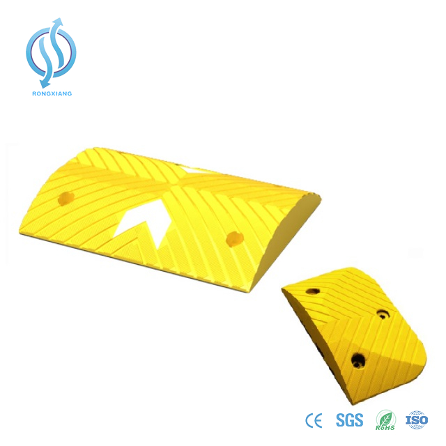 Good Quality Recyclable Rubber Road Hump, Road Speed Bump
